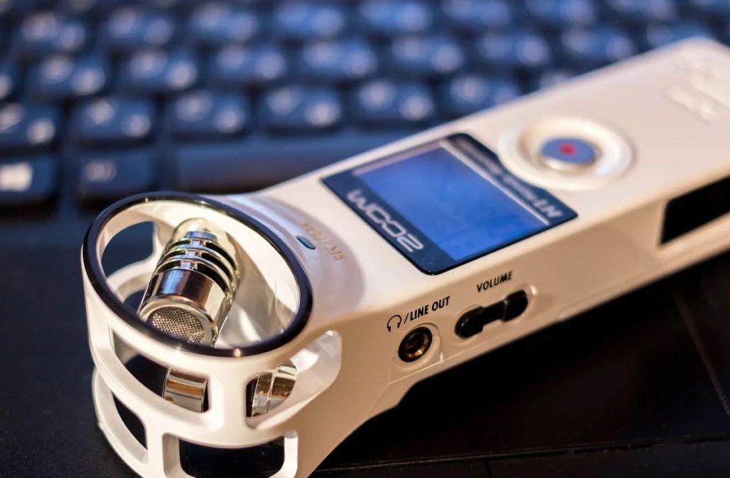 Рейтинг лучших диктофонов 2020 года - выбираем лучшее устройство для лекций и работы